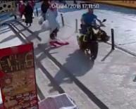 BEBEK ARABASI - Motosikletli Maganda Dehşet Saçtı