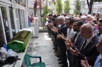 Otelde Ölü Bulunan Eski Başkan Yardımcısı Defnedildi
