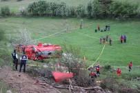 İTFAİYE ERİ - Yangına Giden İtfaiye Aracı Kaza Yaptı Açıklaması 1 Ölü, 1 Yaralı