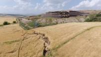 BILIM ADAMLARı - Adıyaman'da Korkutan Heyelan