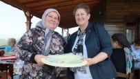 DUTLUCA - Burhaniye'de Şehit Anneleri Kahvaltıda Bir Araya Geldi