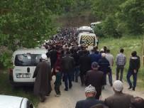 Bursa'da Kazada Hayatını Kaybeden 3 Kişi Toprağa Verildi