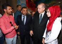 MİLLİ GÜREŞÇİ - Cumhurbaşkanı Erdoğan, Şampiyon Sporcularla Bir Araya Geldi