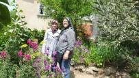DUTLUCA - Dutluca'da Kıymet Teyze'nin Çiçek Tutkusu