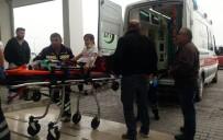 Otomobil Beton Mikseriyle Çarpıştı Açıklaması 1'İ Çocuk 5 Yaralı