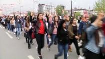AHMET ŞAFAK - Sivas'ta 'Hedef Kızılelma' Yürüyüşü Düzenlendi
