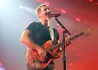 ROCK - ABD'li Şarkıcı Serj Tankian'dan Ermenistan'daki Protestolara Destek