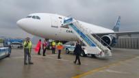 SEFAKÖY - Atatürk Havalimanı'ndaki Kargo Uçağında Pistten Çıkma Tehlikesi