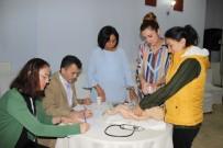 ÇOCUK HASTALIKLARI - Bebek Ölümlerinin Önlenmesi Amacıyla Yenidoğan Canlandırma Eğitimi Düzenlendi