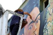 OSMAN HAMDİ BEY - Duvarlar Boyandı, Cadde Açık Hava Resim Sergisine Döndü