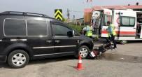 Elektrikli Bisikletle Kamyonet Çarpıştı Açıklaması 1 Yaralı