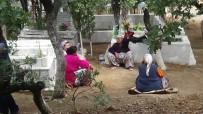 KAZDAĞLARI - Hıdırellez Nedeniyle Mezarlıkta Buluştular