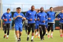 ÜNAL KARAMAN - Karabükspor'da Fenerbahçe Hazırlıklarına Başladı