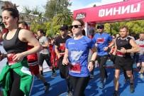 YÜZME YARIŞLARI - Abhazya'nın ilk maraton koşusu