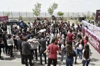 RASIM ÖZDENÖREN - Baharın Gelişini Uçurtma Uçurarak Kutladılar
