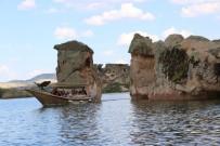 ALPER TAŞ - Frig Kayığı, Emre Gölü'ne İndirildi