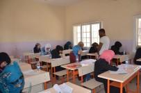 EĞİTİM KOMİSYONU - Harran Üniversitesi Suriye'de YÖS Sınavı Yaptı