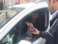 Midyat Polisinden Sürücülere Şekerli Uygulama