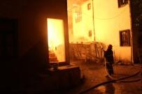 MESCID - Tokat'ta Ahşap Evde Yangın