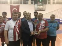 TÜRK EĞITIM SEN - Tokat'ta, Kupa Ödülü Mehmetçik Vakfına Bağışlandı