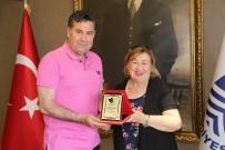 ÇÖMLEKÇI - Ünlü Tiyatroculardan Başkan Kocadon'a Ziyaret