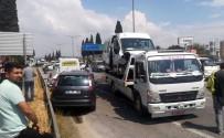 YABANCI TURİST - Yabancı Turist Kafilesini Taşıyan Araç Kaza Yaptı Açıklaması 8 Yaralı