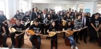 ATATÜRK LİSESİ - Başkan Karaosmanoğlu Açıklaması 'Eğitimi, Hizmetlerimizin En Başına Yazıyoruz'