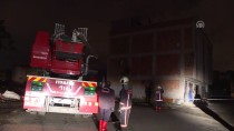 İTFAİYE MERDİVENİ - Başkentte Üç Katlı Binada Çökme Tehlikesi