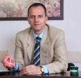 DıŞ GÖRÜNÜŞ - Dr. Cem Caniklioğlu, Görünmeyen Diş Tellerini Anlattı