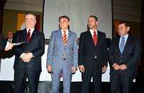 DURSUN ÖZBEK - Dursun Özbek Açıklaması 'Futbol Takımına Desteğimiz Devam Etmeli'