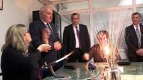 TÜRKIYE İŞ KURUMU - Ev Kadınları Ve Engellier İçin Cam Sanatı Gelir Kapısı Olacak