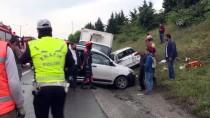 TRAFİK YOĞUNLUĞU - Gaziosmanpaşa'da Zincirleme Kaza Açıklaması 2 Yaralı
