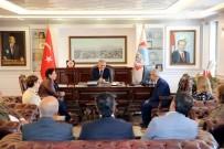 REFERANS - Hacı Bektaş Veli Derneği Ve Vakıfı Yönetiminden Başkan Büyükkılıç'a Ziyaret