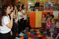 CELAL BAYAR ÜNIVERSITESI - Minikler 'Çocuk Bedenime Dokunma' Dedi