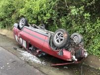 TRAFİK YOĞUNLUĞU - Otomobil Takla Attı, Sürücüsünün Burnu Bile Kanamadı
