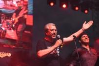 ROCK - Prof. Dr. Budak Rock Konserinde Sahne Aldı