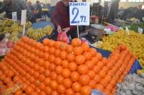 BILECIK MERKEZ - Tezgahta Sezonun Son Portakalları