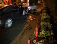 YANGIN TÜPÜ - Bayrampaşa'da Kaza Yapan Araç Alev Aldı...Kaza Sonrası Alev Alan Aracı TOMA Söndürdü