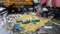 TUĞLU - Devrilen Kamyona Otomobil Çarptı Açıklaması 2 Yaralı
