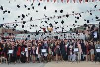 ÖĞRETMEN ADAYI - Eğitim Fakültesinden 1400 Öğrenci Mezun Oldu