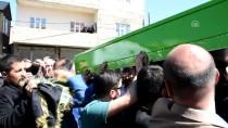ATATÜRK LİSESİ - Hakkari'de Güvenlik Korucusu Aracında Ölü Bulundu