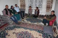 Kaymakam Özderin İftarda Ev Ziyaretleri Yapıyor