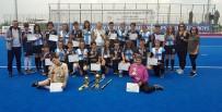 Sakarya Ortaokulu Hokeyde Türkiye Şampiyonu Oldu