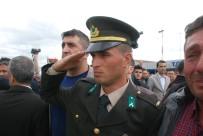 HAVAN SALDIRISI - Şehit Uzman Çavuş Aktaş'ın Cenazesi Memleketi Tokat'a Getirildi