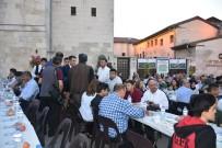 TEZAHÜR - Başkan Tahmazoğlu, Basın Mensuplarıyla İftarını Açtı
