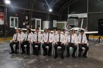 ÖZYEĞİN ÜNİVERSİTESİ - Bröveleri Takılan 40 Genç Pilot, Uçuşa İlk Adımını Attı