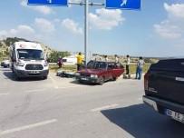 ESKIGEDIZ - Gediz'de Trafik Kazası Açıklaması 5 Yaralı