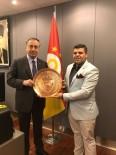 ŞANLıURFASPOR - İzmirli İşadamından GS Başkanı'na Tebrik