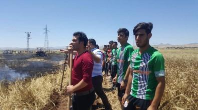 Maçı Kaçırma Pahasına Yangına Müdahale Ettiler