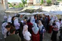 Şırnak Belediyesi, İhtiyaç Sahibi Vatandaşlara Gıda Paketi Dağıttı